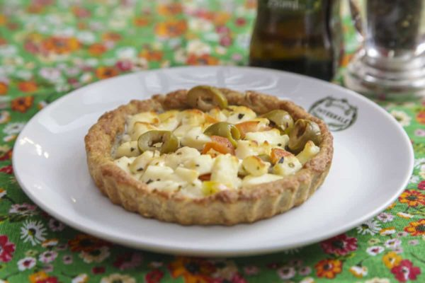 Kids Pie – Minas Cheese, Tomato, Chilean Green Olives and Oregano - Individual