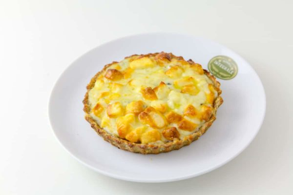 3 cheeses Pie – minas cheese, parmesan and gorgonzola - Individual